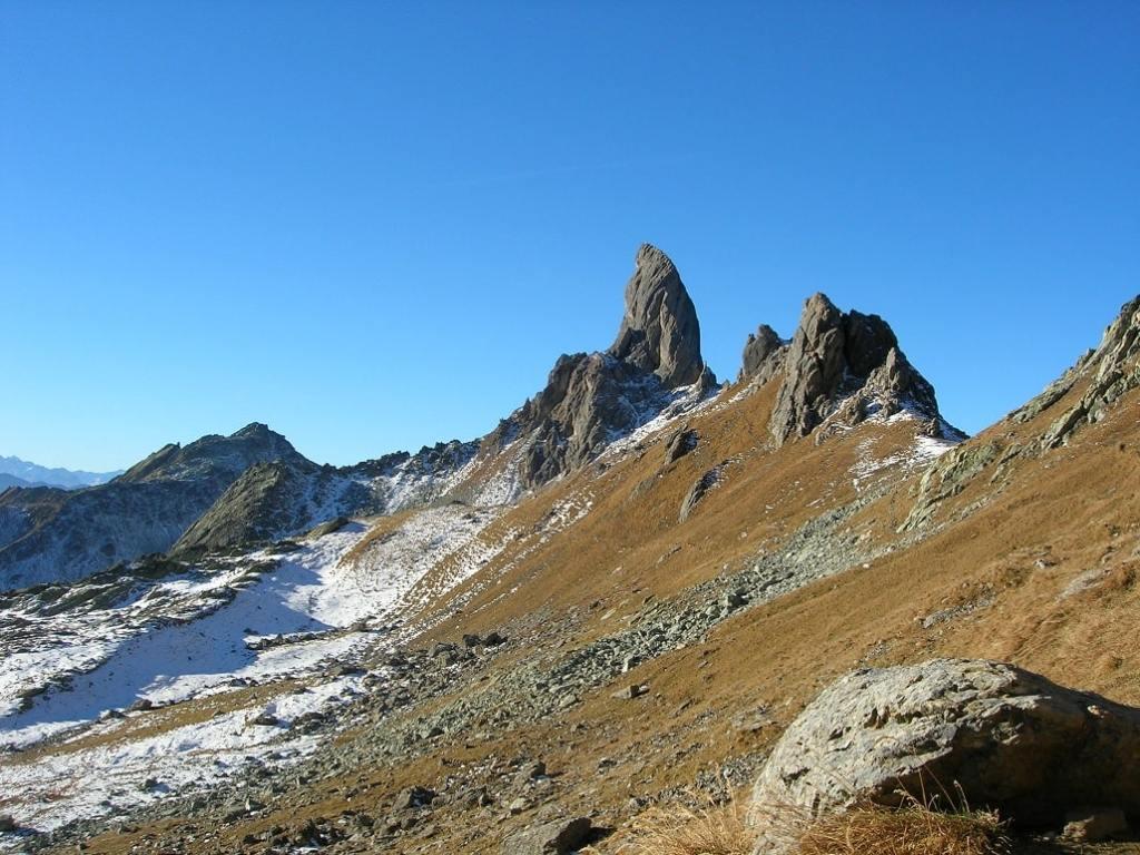 Faire le Tour du Beaufortain, trek dans les Alpes niveau moyen