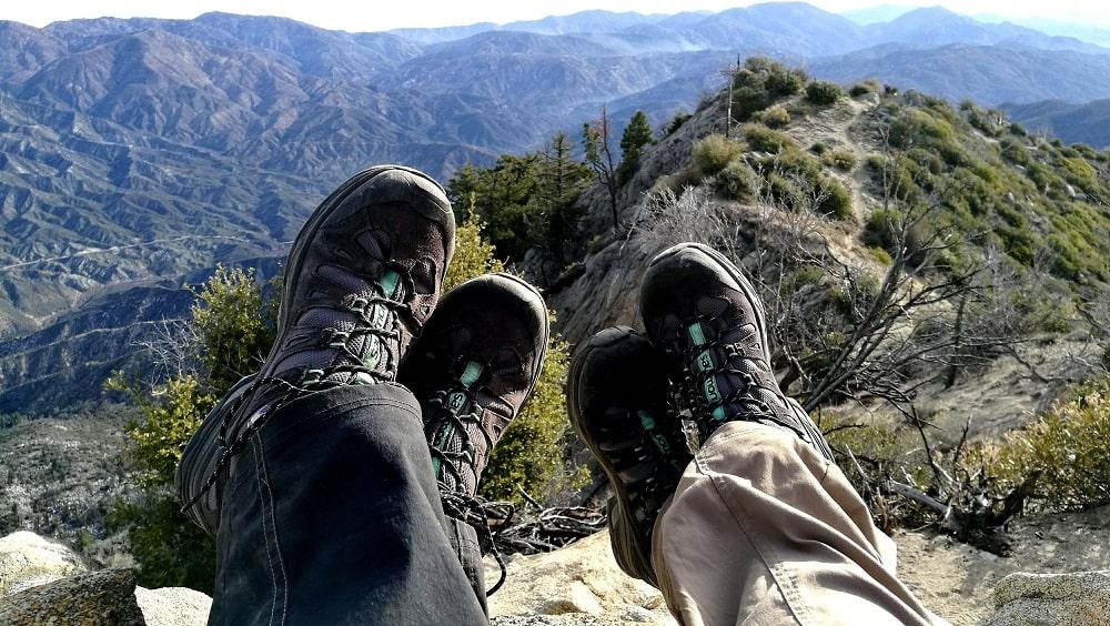 chaussures de randonnée pour faire le tour du mont blanc