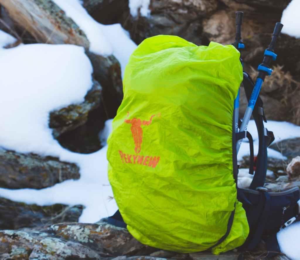 Protéger son sac de trekking avec une housse