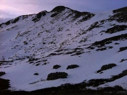 chiazze di neve in alta val parma ci catapultano nelle terre del nord
