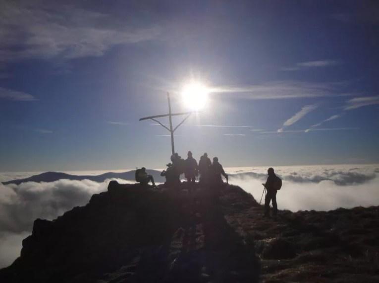 La vetta del Croce Martincano sopra le nuvole