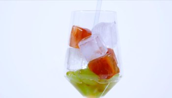Green Grapes with Elderflower-infused Ice Cubes