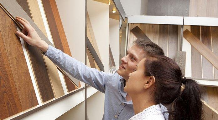 Jaka powinna być podłoga do małego mieszkania?