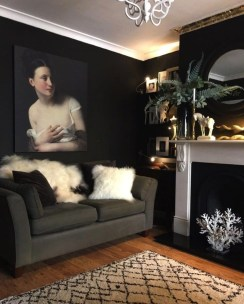 Best Living Room Ideas With Black Walls 11