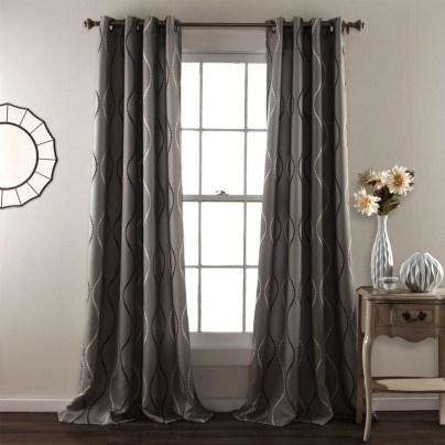 Guide To Choosing Curtains For Your Minimalist House 22
