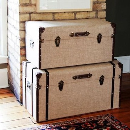 Ideas To Decorate Your House With Vintage Chests And Trunks 31
