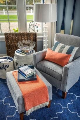 Apartment With Colorful Interior Design 26