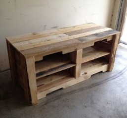 Adorable Crafty Diy Wooden Pallet Project Ideas 39