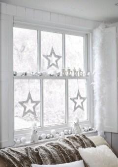 Adorable White Christmas Decoration Ideas 47