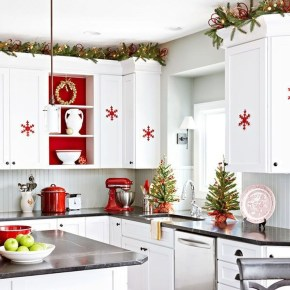 Awesome Christmas Kitchen Decor Ideas 22