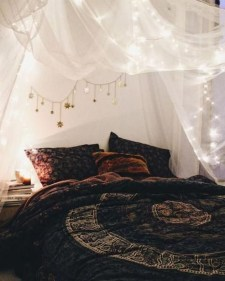 Creative Bohemian Bedroom Decor Ideas 20