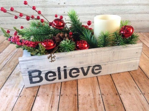 Fascinating Farmhouse Christmas Decor Ideas 08