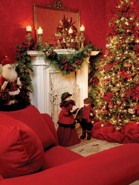 Lovely Red And Green Christmas Home Decor Ideas 39