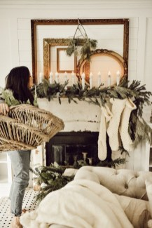 Unordinary Christmas Home Decor Ideas 32