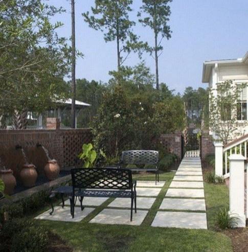 Attractive Small Patio Garden Design Ideas For Your Backyard 38