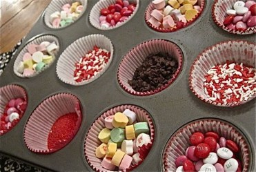 Awesome Classroom Party Decor Ideas For Valentines Day 47