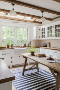 Awesome Farmhouse Kitchen Design Ideas 20