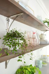 Inspiring Diy Wood Shelves Ideas On A Budget 36