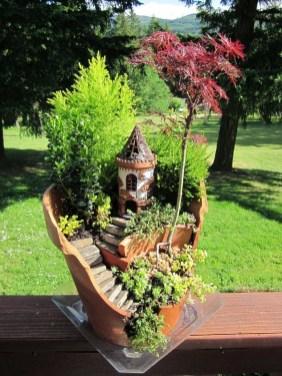 Magnificient Diy Fairy Garden Ideas With Plants 41