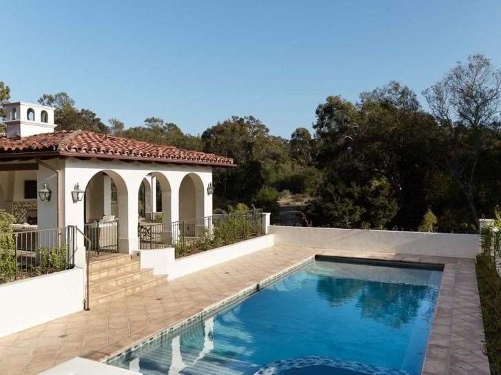 Perfect Mediteranean Swimming Pool Design Ideas 09