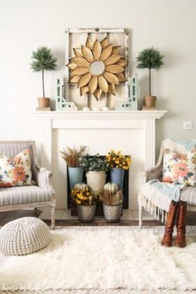 Popular Farmhouse Mantel Decorating Ideas 43