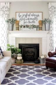 Popular Farmhouse Mantel Decorating Ideas 44