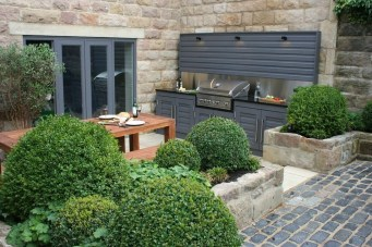 Smart Garden Design Ideas For Front Your House 13