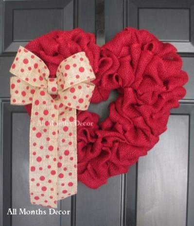Stunning Red Home Decor Ideas For Valentines Day 17