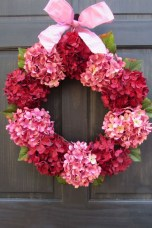 Stunning Red Home Decor Ideas For Valentines Day 35