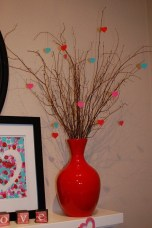 Stunning Red Home Decor Ideas For Valentines Day 37
