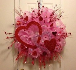Stunning Red Home Decor Ideas For Valentines Day 38