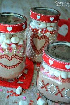 Stunning Valentine Gifts Crafts And Decorations Ideas 30
