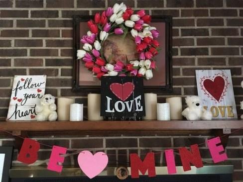 Unique Outdoor Valentine Decor Ideas 44