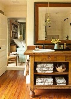 Comfy Farmhouse Wooden Bathroom Design Ideas 31