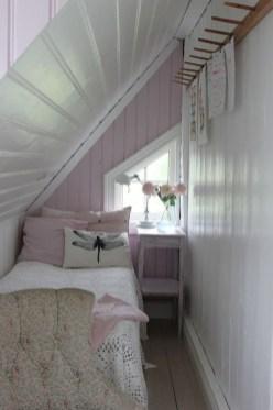 Relaxing Small Loft Bedroom Designs 30