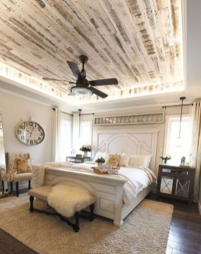 Elegant Farmhouse Decor Ideas For Bedroom 18