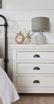 Elegant Farmhouse Decor Ideas For Bedroom 35