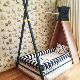 Striking Bed Design Ideas For Bedroom 31