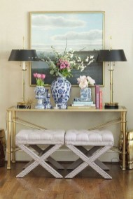 Fancy Living Room Decor Ideas With Ginger Jar Lamps 34