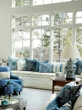 Fancy Living Room Decor Ideas With Ginger Jar Lamps 40