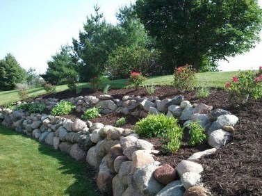 Gorgeous Front Yard Retaining Wall Ideas For Front House 04