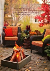 Incredible Autumn Decorating Ideas For Backyard 38