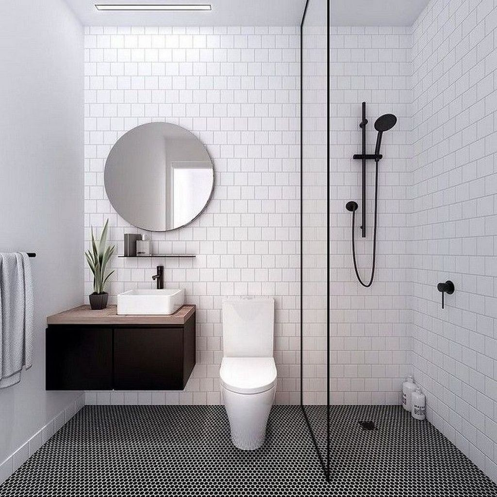 Awesome Bathroom Shower Ideas For Tiny House 27