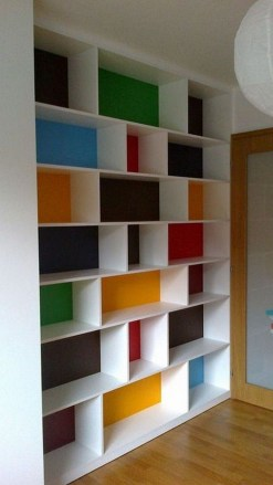 Cozy Bookcase Ideas For Kids Room 36