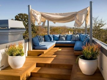 Stunning Roof Terrace Decorating Ideas That You Should Try 47