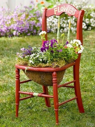 Unique Old Furniture Repurposing Ideas For Yard And Garden 34
