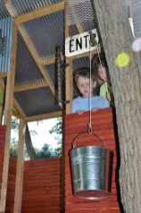 Captivating Treehouse Ideas For Children Playground 34