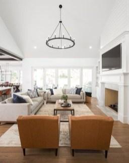 Fancy Farmhouse Living Room Decor Ideas To Try 29
