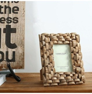 Fascinating Wood Photo Frame Ideas For Antique Home 50