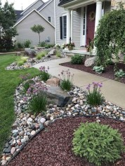 Newest Front Yard Landscaping Design Ideas To Try Now 40